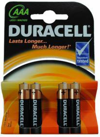 4 piles Duracell : AAA / LR03