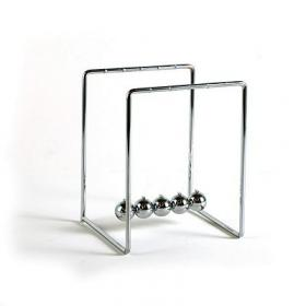 Newton's Cradle (small)