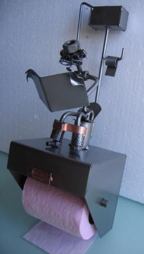 Petit coin d rouleur papier toilette hinz kunst - Derouleur papier toilette design ...