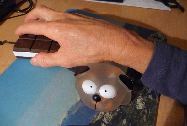 "Ledindon Com wrist rest ""dog""   gadgets & fun   le dindon"