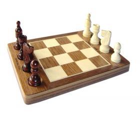 Tic Tac Chess
