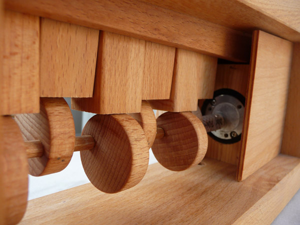 escalier de billes jeux peluches le dindon. Black Bedroom Furniture Sets. Home Design Ideas