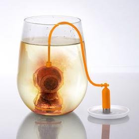 Plongeur à thé