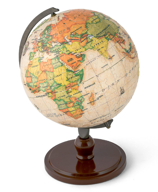 earth globe 3d puzzle puzzles le dindon. Black Bedroom Furniture Sets. Home Design Ideas